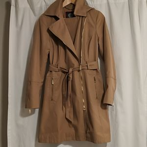 Vince Camuto trench coat with hood